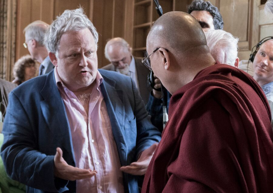 DLCC Fellow, Stephen Priest in discussion with His Holiness the Dalai Lama in Oxford. Photograph by Keiko Ikeuchi.